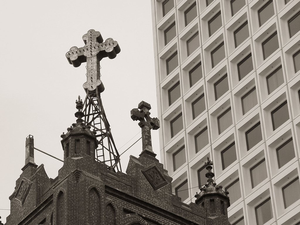 cross_in_chinatown