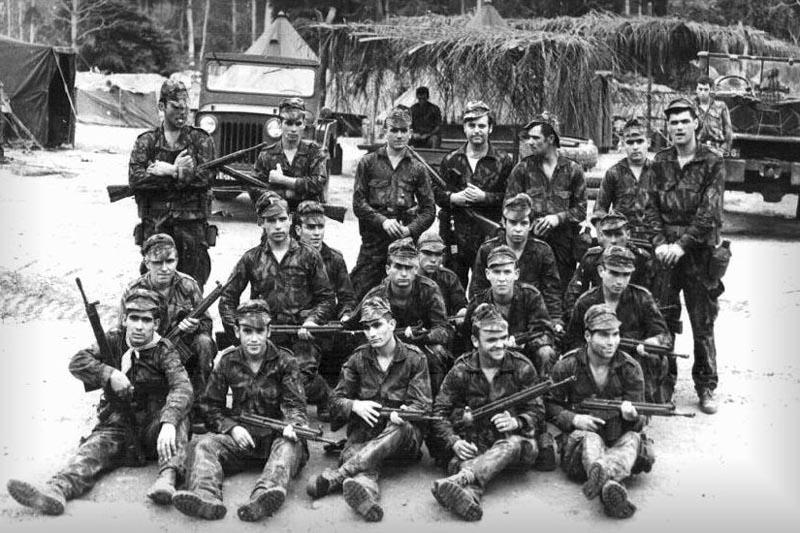Portugisiske soldatar i Angola (1973).