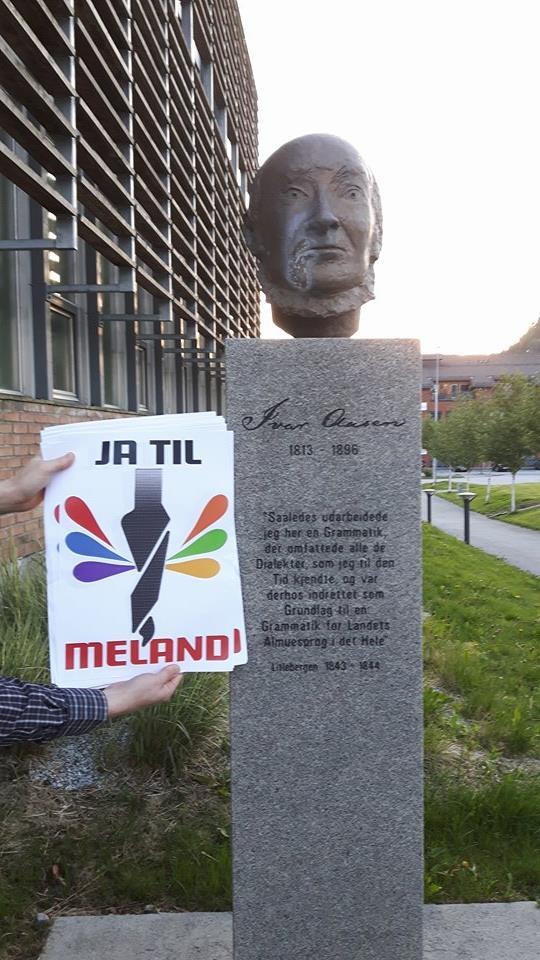 """""""Ja til Meland"""" starta kampanjen sin med plakataksjonar kvelden fyre det fyrste samrådingsmøtet (bilæti er henta frå Facebook-sida deira)."""