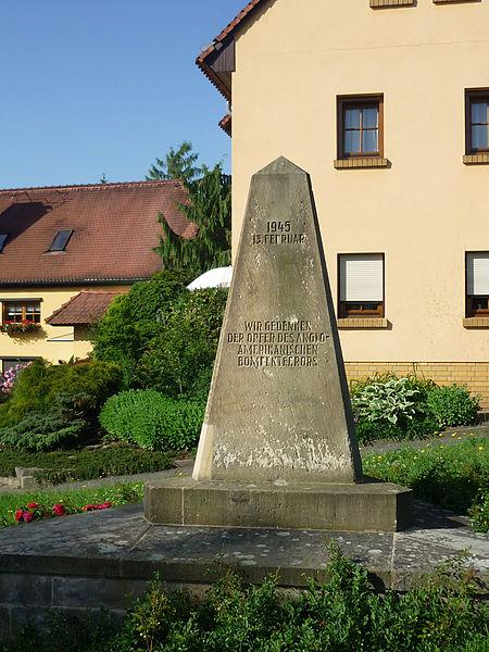 Kor mange som vart drepne i Dresden vil politikarane helst ikkje snakka um - og i alle fall ikkje kven det var som gjorde det.