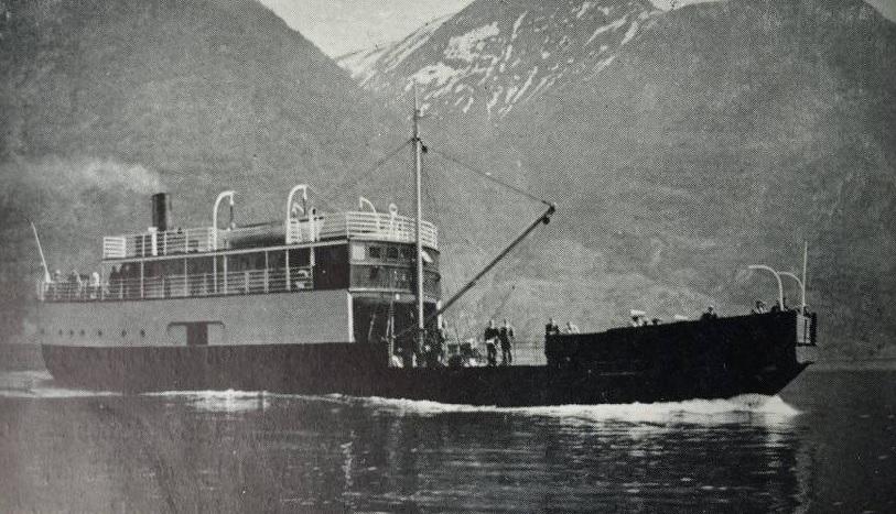 B/F Lærdal var den fyrste rettelege bilferja åt Fylkesbaatane.