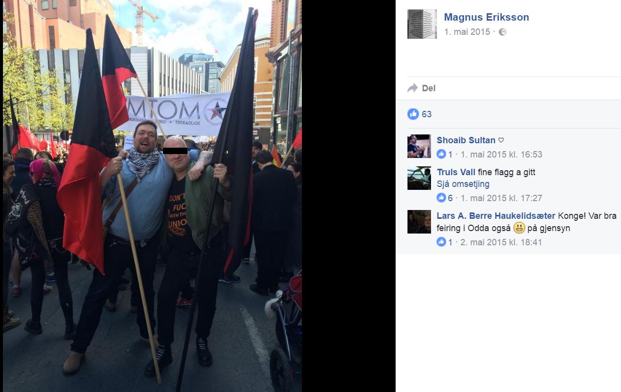 Magnus Eriksson på Motmakt-demonstrasjon, skulder ved skulder med valdelege sharp-skinheads.